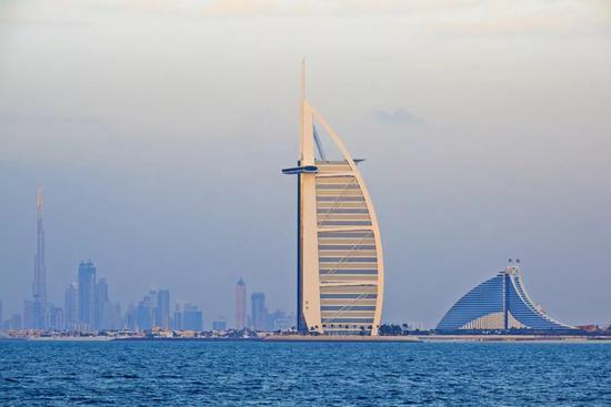 迪拜帆船酒店(图源:视觉中国)