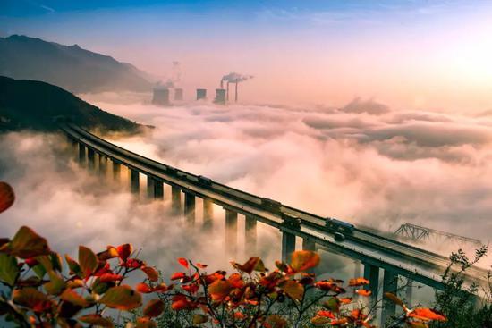 G55河北济源五龙心沁河年夜桥,拍照师@邓国晖/星球研讨所