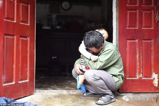 yzc亚洲城手机版-上海一小区百万豪车被烧,纵火的竟是33岁中学老师