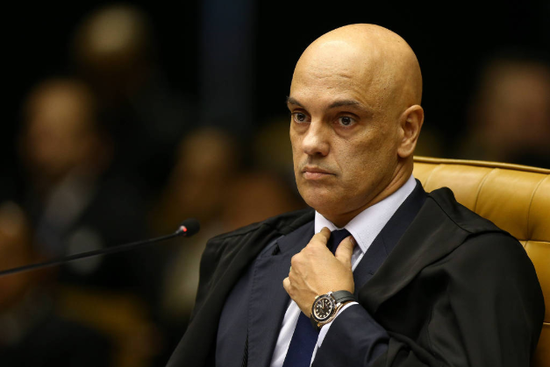 亚历山大·莫拉斯认为,州和市政府有权决定实施社会隔离措施。/Pedro ladeira
