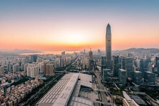 深圳8个小区学位被降 国土局晚上进小偷 官方回应了图片
