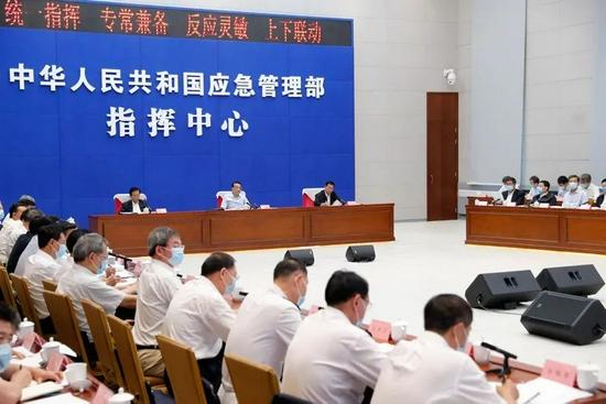 人命关天!总理连线河南等五省省长:保障安全宁可过一些,该停就停!图片