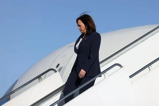 哈里斯拥有亚裔血统,这被拜登政府认为是一个外交优势。图源:Reuters