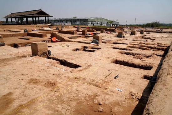 """河南发现5000多年前""""河洛古国"""" 不排除是黄帝时代都邑所在图片"""