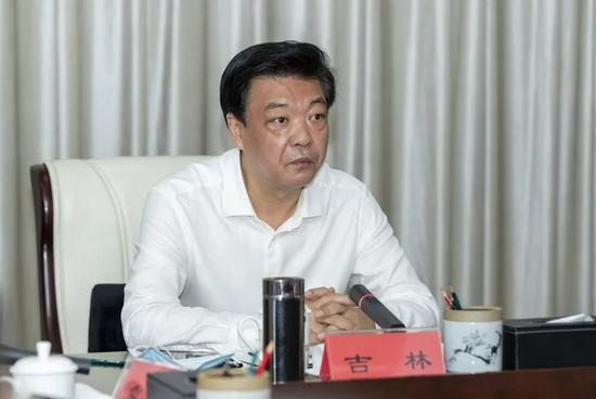 吉林任中央社院党组书记、第一副院长