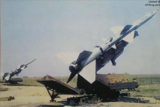 S-75(SA-2)防空导弹,1954年研制,1957年公布