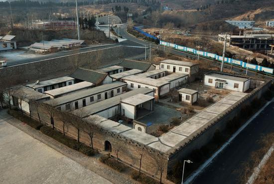 图为2021年2月9日拍摄的坐落在平山县西柏坡镇北庄村的中宣部旧址(无人机照片)新华社记者 杨世尧 摄