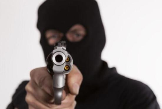 一位中国公民在加纳遭抢劫致死。(图源:加纳媒体)