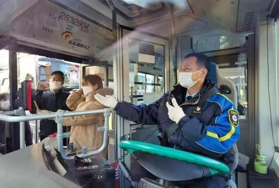 北京顺义要求辖区公交地铁满载率不超过75%图片