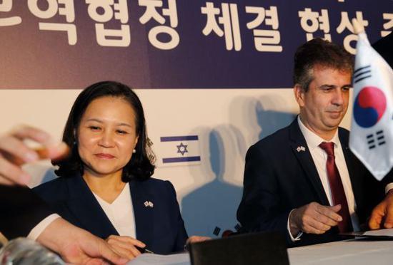 """韩国FTA""""朋友圈""""再添两""""好友"""