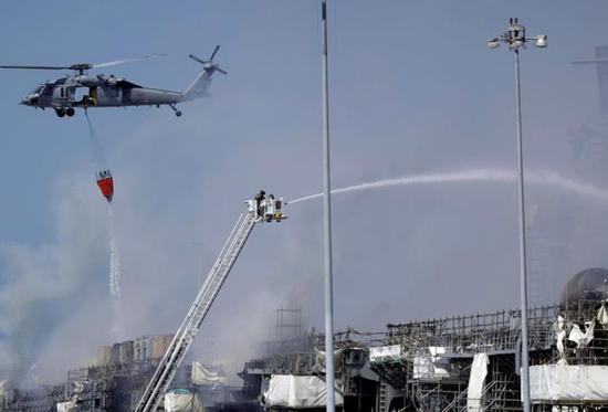 """美海军宣布报废准航母""""好人理查德号"""":曾燃烧近5日"""