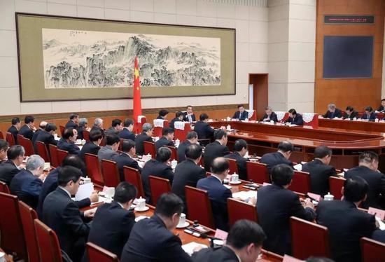 2020年中国经济怎么抢开局?这个会释放了信号图片