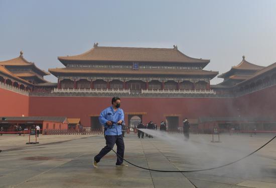「摩天代理」迎客进摩天代理宫前核录北京健康图片