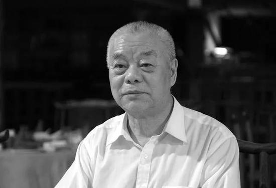 """毛泽东女婿去世!他13岁参军上战场,70多岁""""改行""""当编剧,一生传奇无人能比图片"""
