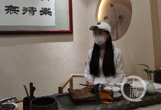▲7月29日,湖北武汉,女主播如雪接受上游新闻记者采访。摄影/上游新闻记者 沈度