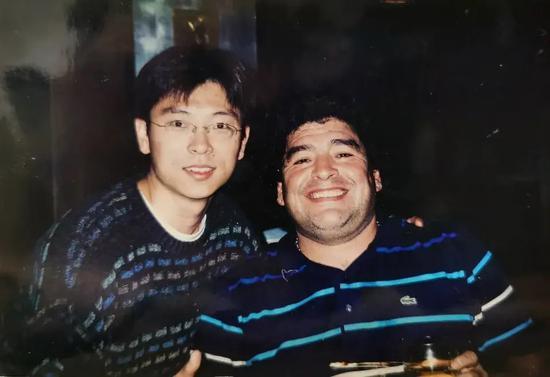 天使还是魔鬼?回忆马拉多纳2003年来中国的一次经历