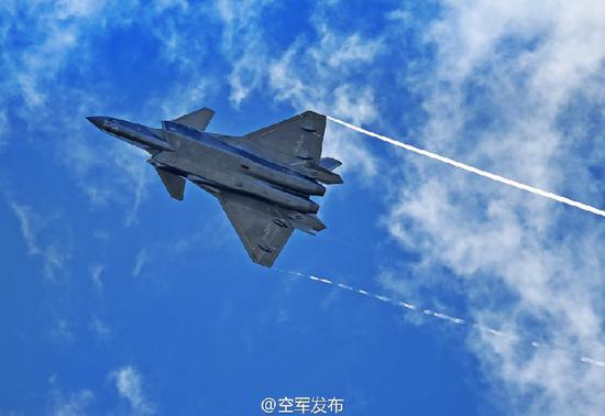 图为歼-20(来源:空军发布)