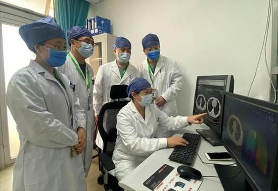 北京小汤山定点医院接收第一批境外来京人员图片