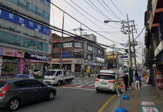 坡州市文山邑中心區街景。攝影/權小星