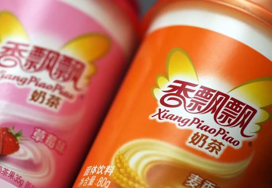 绕着地球卖奶茶 香飘飘甜蜜也心酸:半年亏5458万