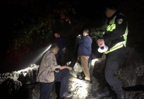 浙大女孩遇害案家属:将起诉捡走女儿手机的游客 捡走