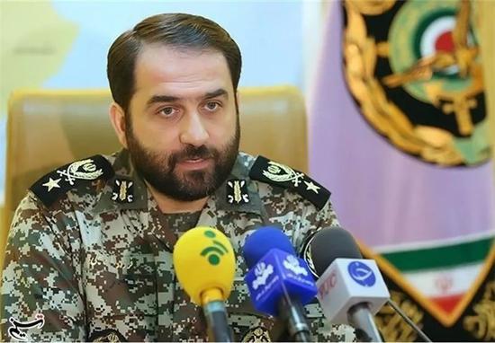 伊朗防空军司令马哈勒赫准将