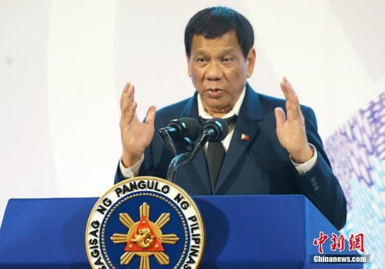 菲律宾总统表示愿与中国和平解决南海问题