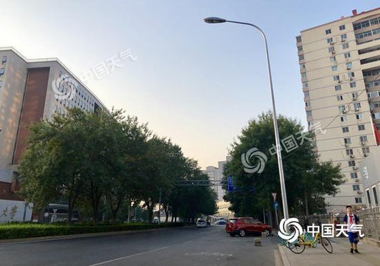 """北京晴晒天气持续""""霸屏"""" 最高气温32-33℃_绵阳网赚论坛"""