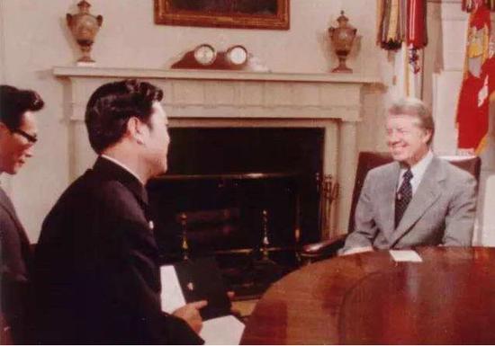 赵忠祥采访美国前总统卡特