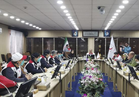中国红十字会自愿专家团队在伊朗开展事情。 新华社发(中国驻伊朗大使馆供图)