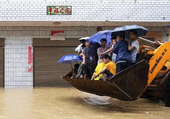 [赢咖3开户]洪灾救援筹款不力谁赢咖3开户之图片