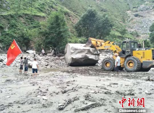 北京赛车赚钱方法:甘肃文县暴洪泥石流致212个村逾4万人受灾