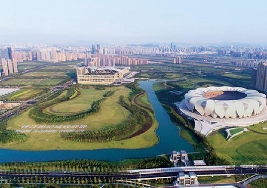 正在崛起的杭州城市新中心——钱江世纪城。图片来源:《眺望》