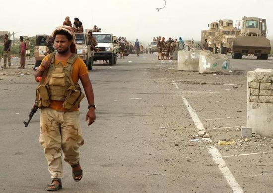 避难总统返回也门