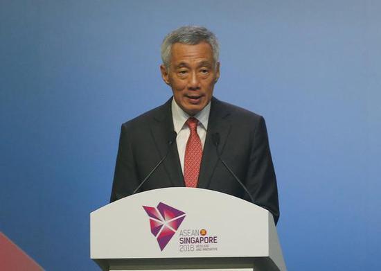 新减坡总理李隐龙