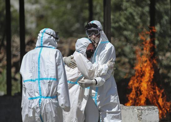 美媒:美驻印使领馆超百人确诊 2名当地雇员死亡