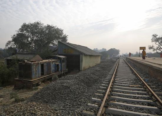 尼泊尔修建中的铁路 图美联社