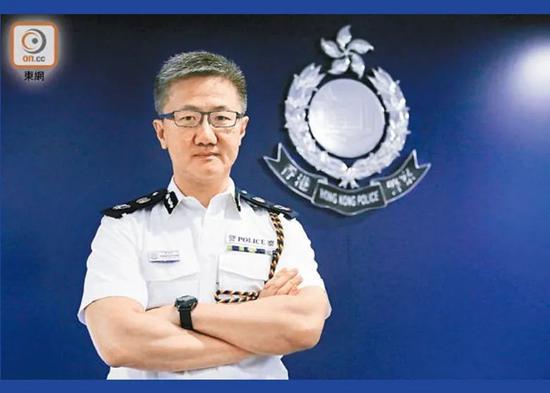 """港警""""一哥""""邓炳强再获要职"""