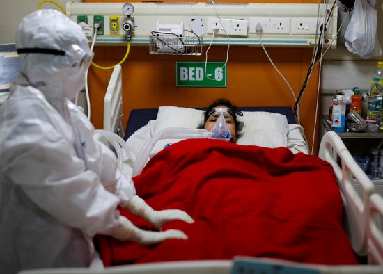 印度毛霉菌感染病例超4万例 逾3000人死亡