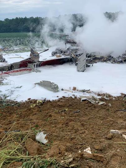 美海军一架E-2C预警机飞行训练时失事坠毁 无人伤亡