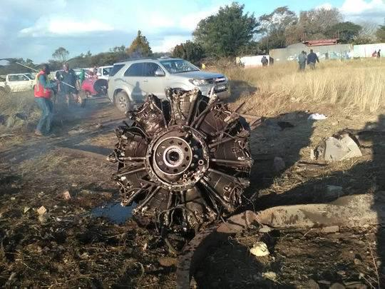 惊魂60秒 飞机爆炸坠毁前最后恐怖时刻被拍下