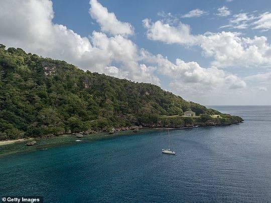 克里斯滕森說,這架飛機可能在印尼以南的澳大利亞聖誕島(如圖)附近墜毀。