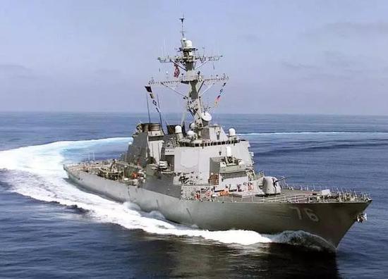 """DDG76""""希金斯""""导弹驱逐舰"""