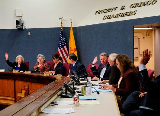 美国阿尔伯克基市通过移民友好法案。(图片来源:路透社)