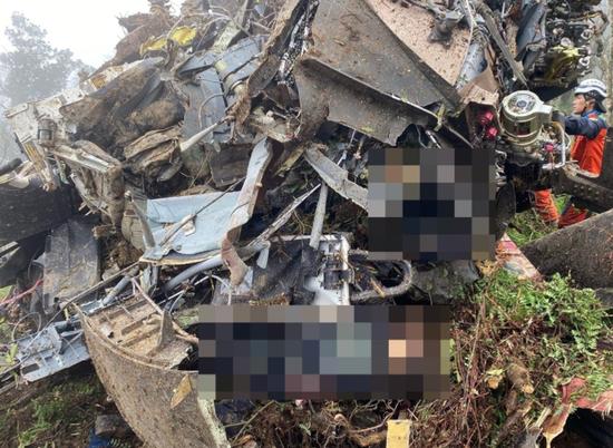 台军机失事8名军官罹难是人为因素?台官员回应图片