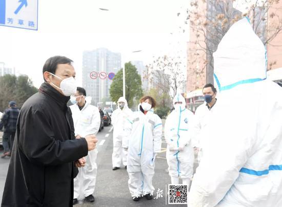 武汉市委书记:务必保持战时状态图片