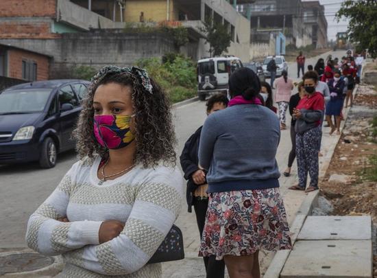 巴西累计确诊逾211万例。(图源:美联社)