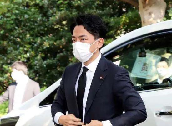 日本环境大臣 小泉进次郎