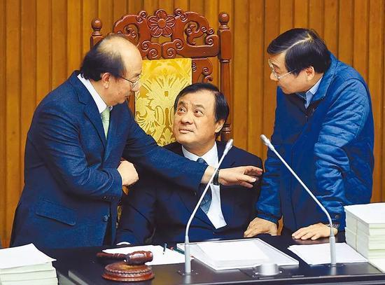 """台""""朝野""""党团协商无果 谁在害怕""""反渗透法""""?图片"""