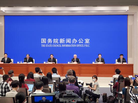 科技部部长:中方将履行承诺,将新冠疫苗作为全球公共产品图片
